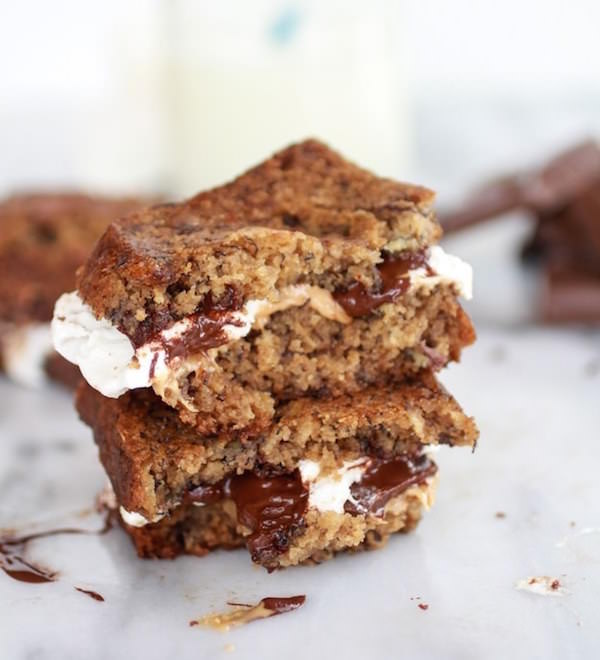 Grilled-Banana-Bread-Peanut-Butter-S'more-with-Vanilla-Marshmallows