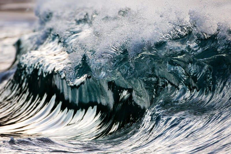 波の時間を止めた写真:写真家Pierre Carreauの作品