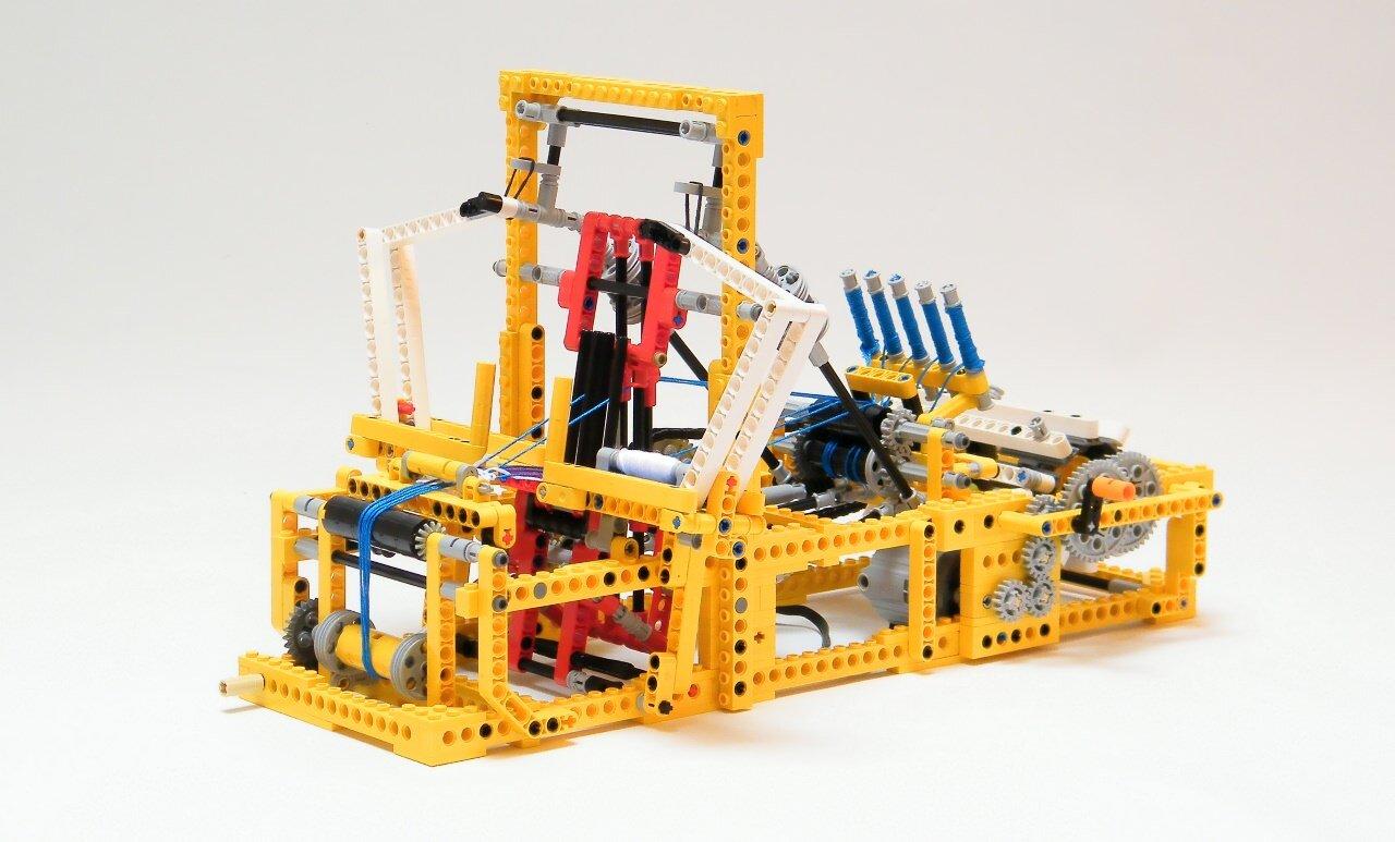 LEGOを使って「機織り(はたおり)」が出来ちゃうみたいです
