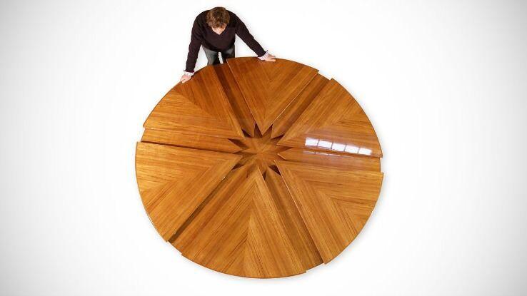 回転すると大きさが変わるテーブル:Capstan Table