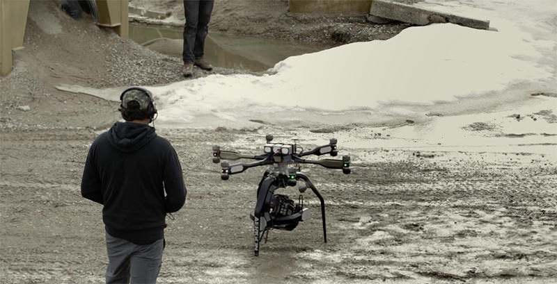 4Kカメラを運べる、映画の世界が確実に変わるであろうドローン