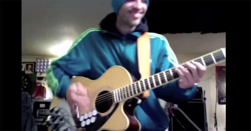 ギターとドラムを一人で演奏するとカッコイイ!