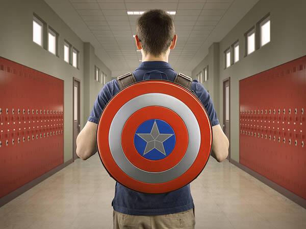 コレで君もヒーローに!キャプテンアメリカのシールドを模したバックパック