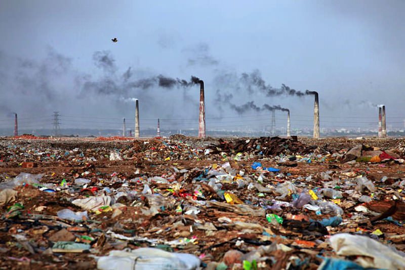 planet-pollution-overdevelopment-overpopulation-overshoot-12