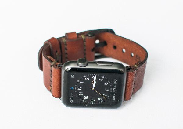 革がたまらない気持ちになるApple Watchのベルト