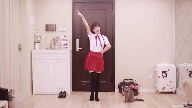 中国人的萌娘「咬人猫」の踊る姿に見とれてみた!
