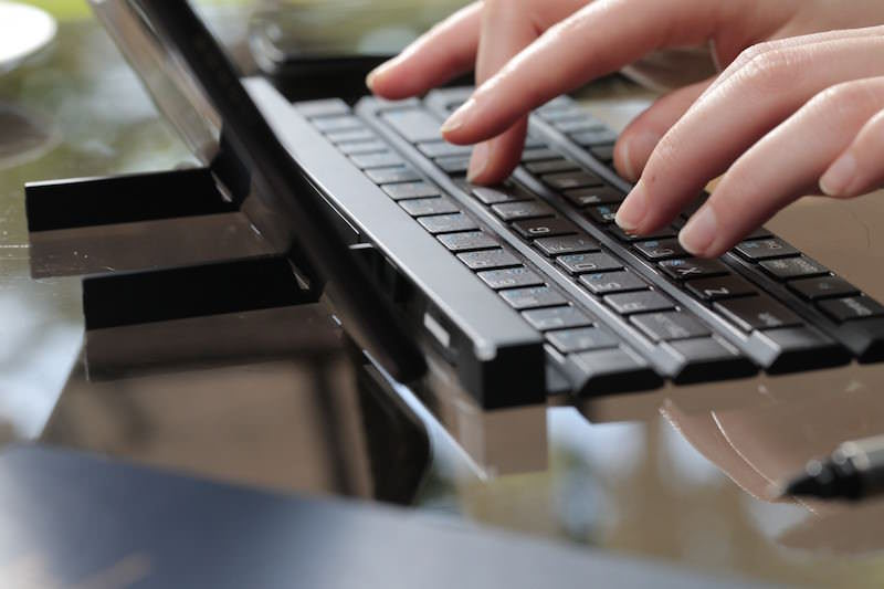 LG-Rolly-Keyboard-4
