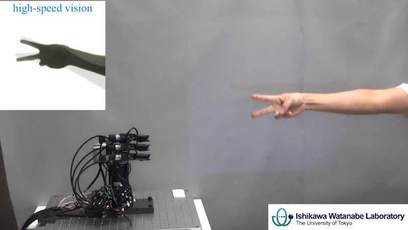 もう人間は勝てない、最強のじゃんけんロボ「じゃんけんロボット」