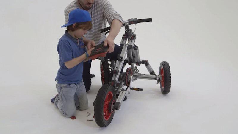 自分でカスタマイズするタイプの子供用バイク:Infento