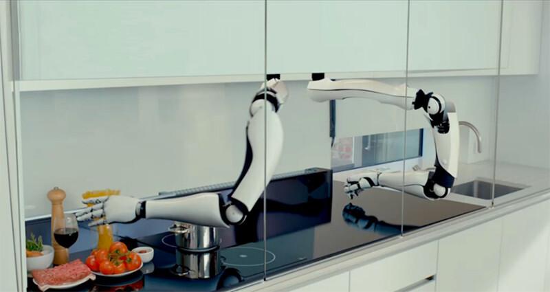 超近未来!ロボットアームが料理をしてくれるキッチンがすごい