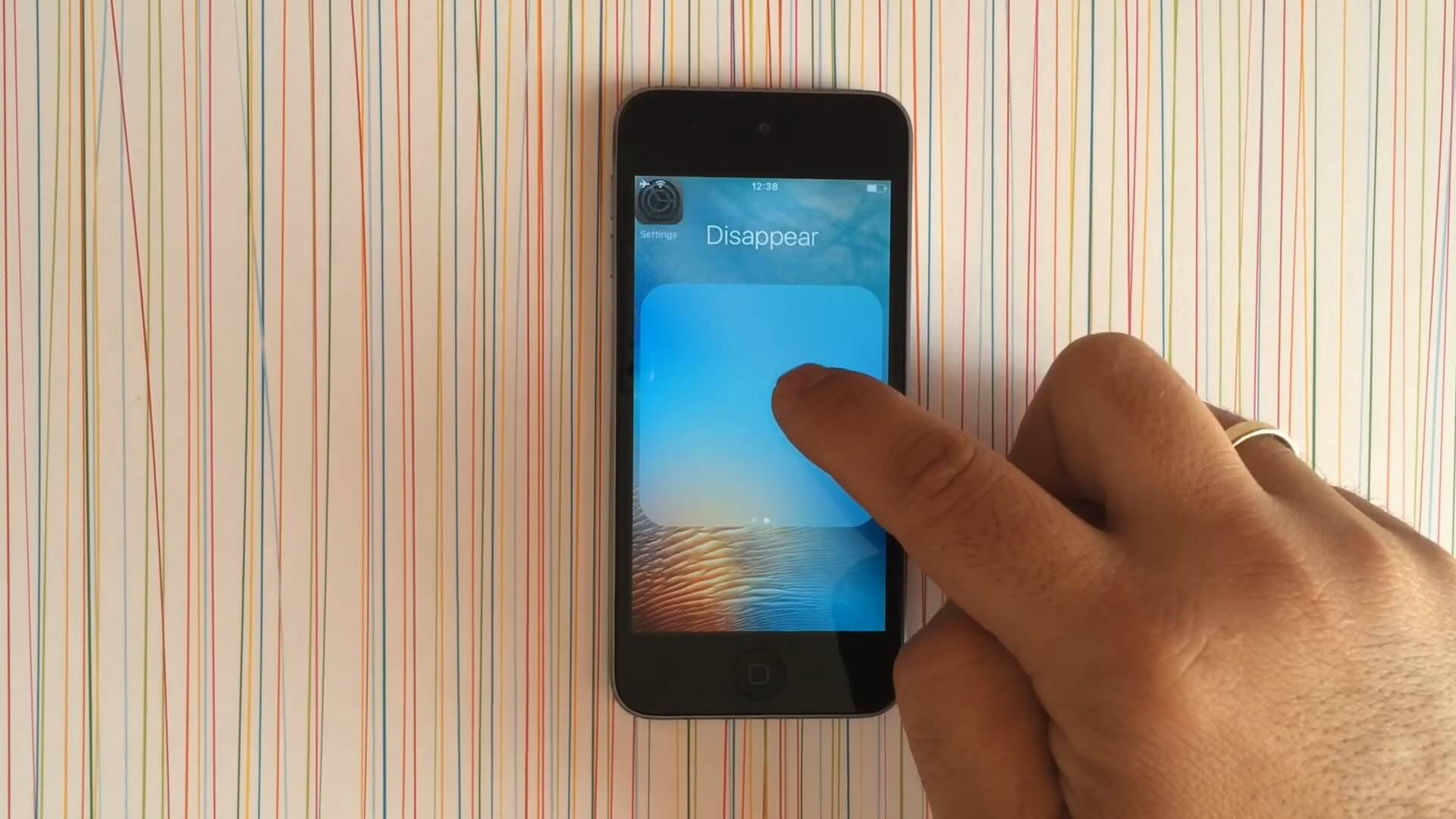 iOSの純正アプリを非表示にする方法