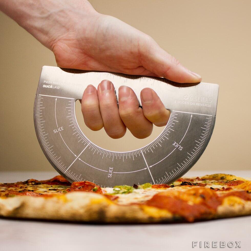 6等分、8等分のガイドが付いたピザカッター