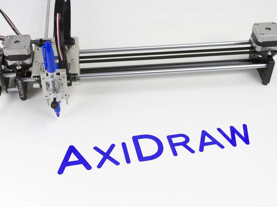 キレイかつ正確に文字やデザインを描ける機械:AxiDraw