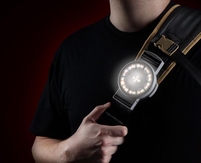itnn_iron_man_messenger_bag_glow