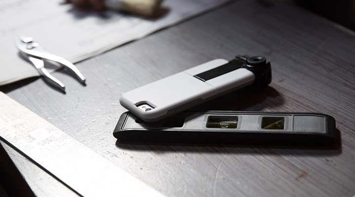 色々取り付けられるiPhoneケース OtterboxのuniVERSEケース