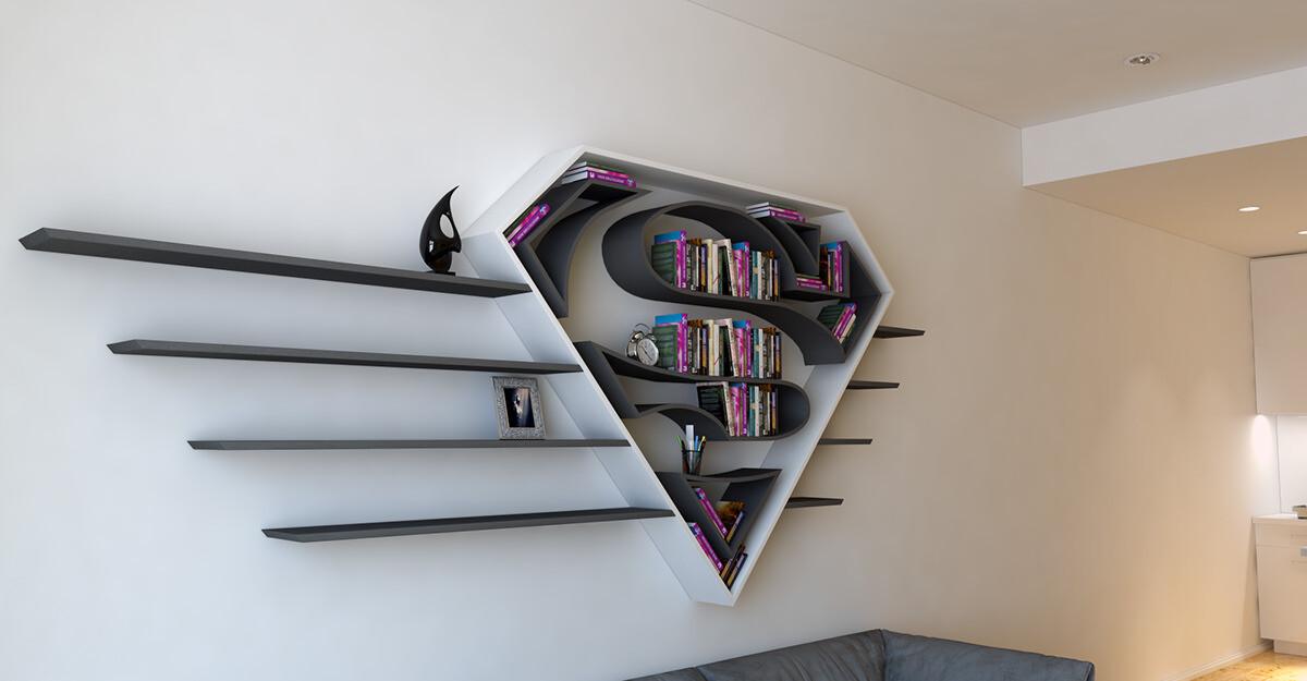 スーパーヒーローのロゴな本棚とかめっちゃカッコイイじゃん!