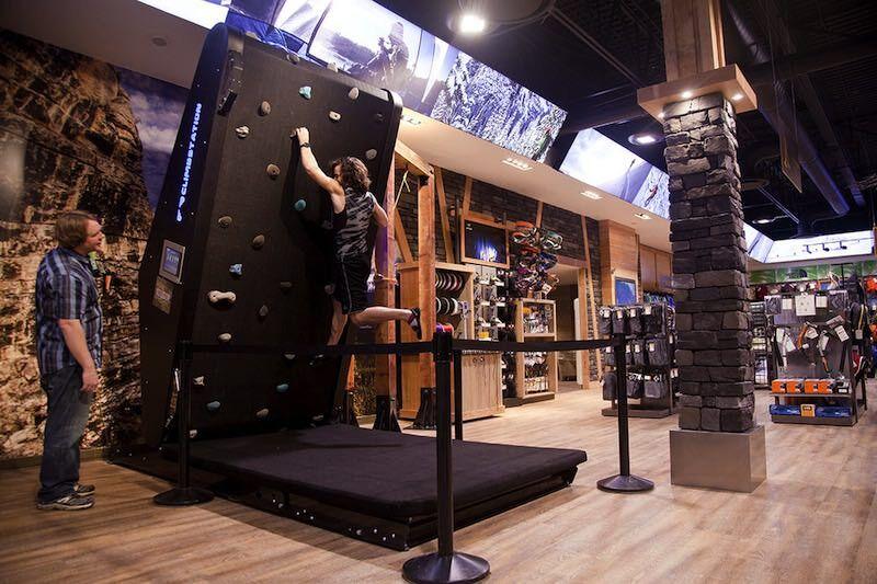 無限にボルダリングできちゃう装置:Climbstation