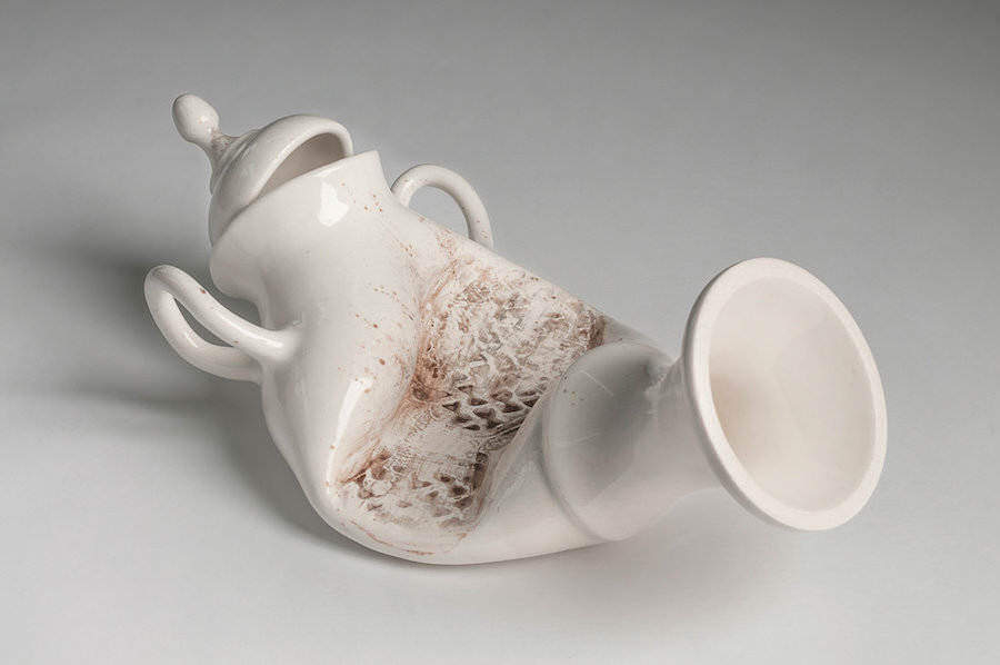 柔らかい陶器のアート:Art  by Laurent Craste
