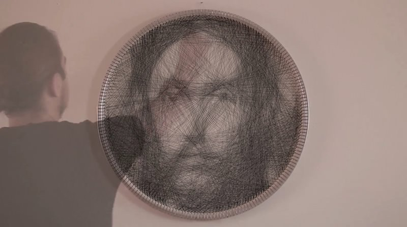 1本の糸から作られた肖像画:A new way to knit