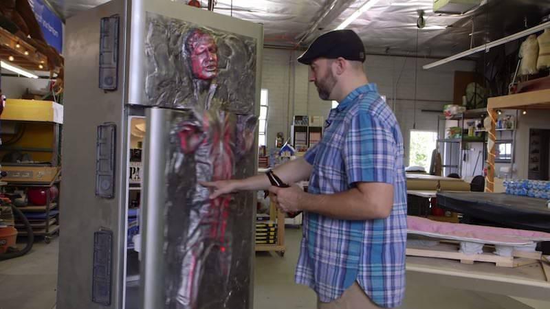 カーボナイトで固められたハン・ソロをイメージして冷蔵庫を魔改造