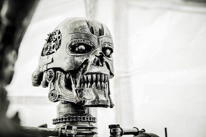 スクラップの金属から作られた等身大フィギュア:Gallery of steel figures