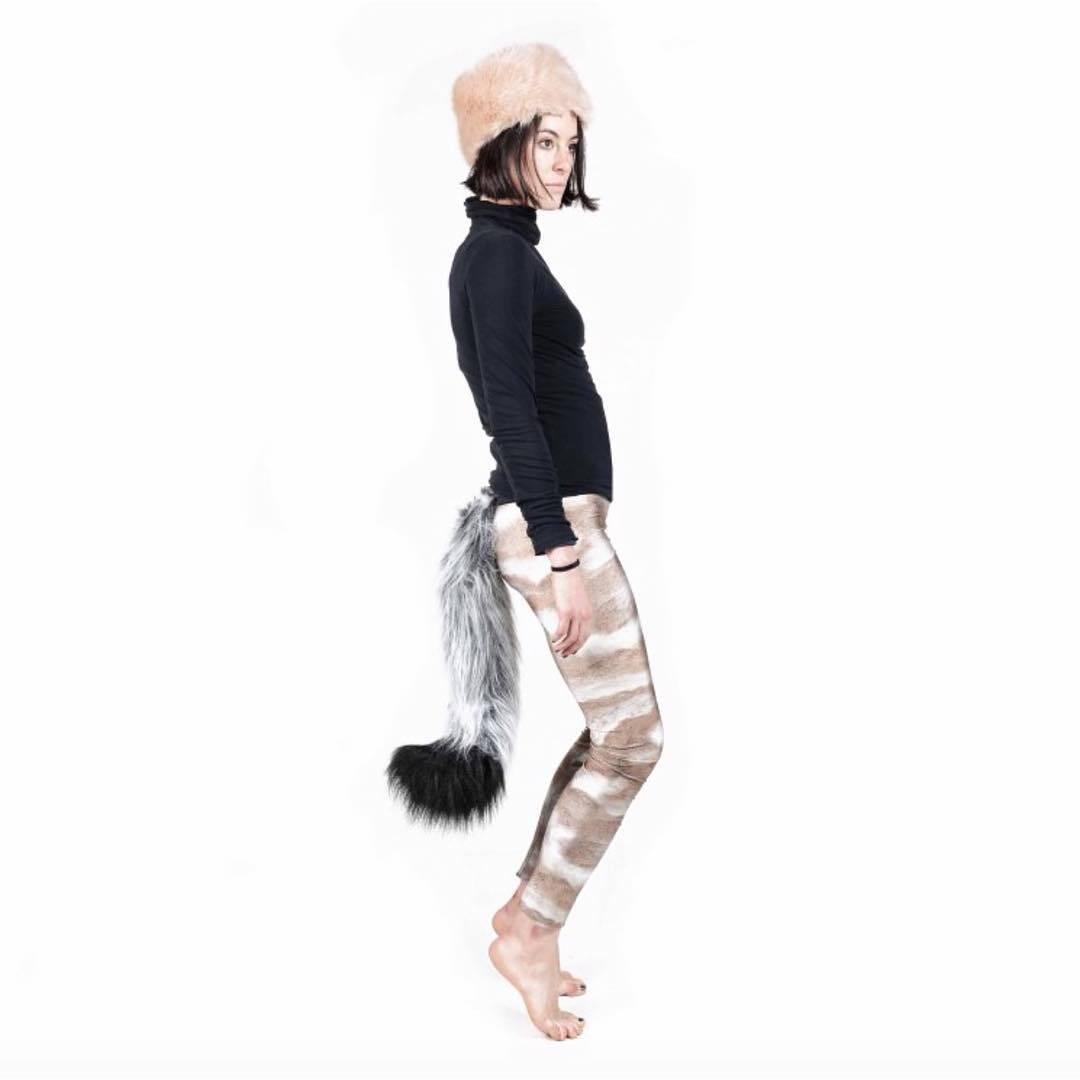 ファッションとして、しっぽを付けるの流行りそう:TellTails