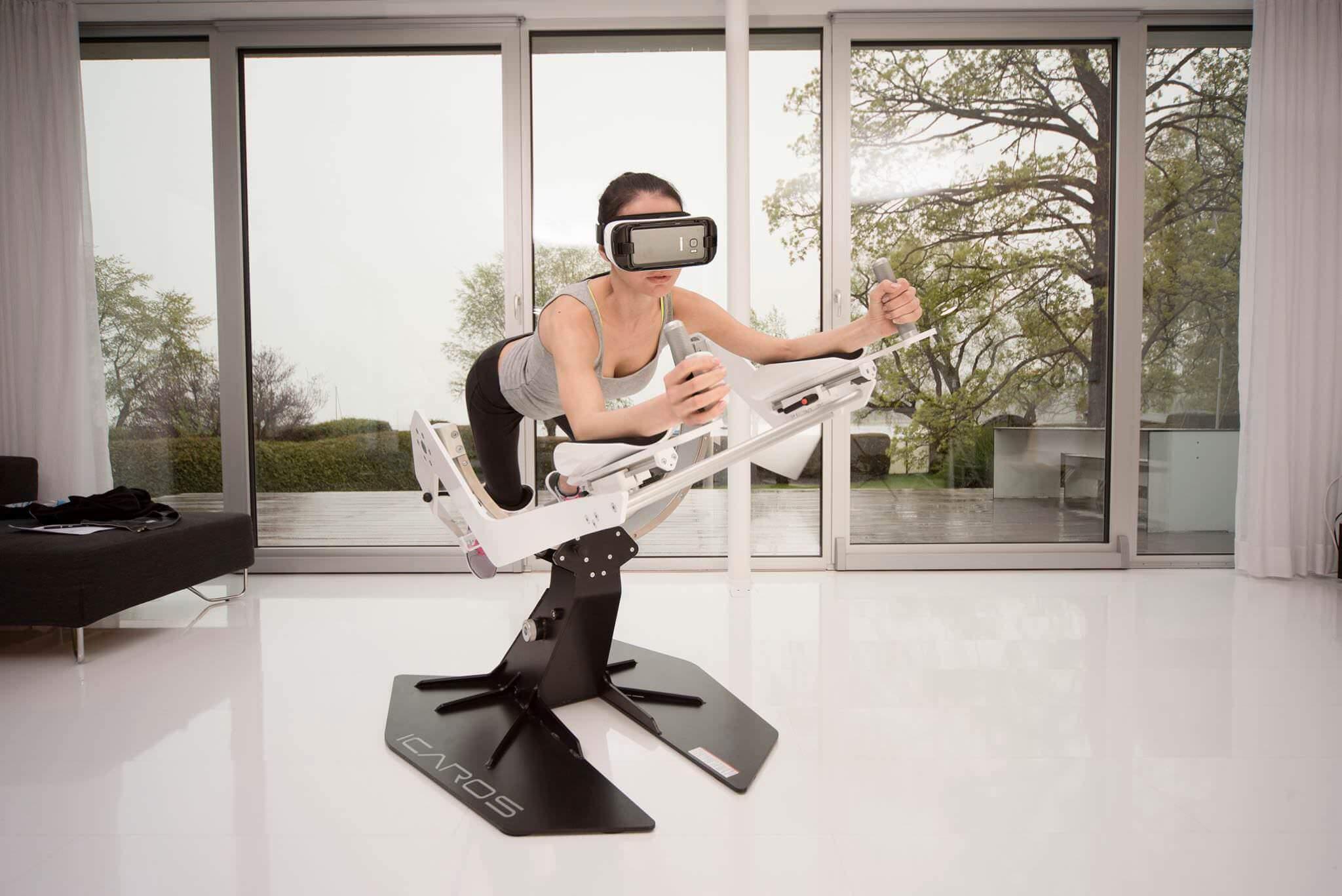 スマホ用VRをより楽しくする乗り物:ICAROS