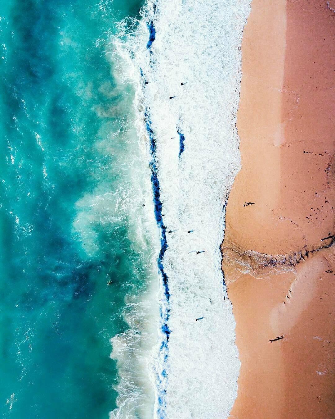 ドローンフォトグフラファーによる真上から見た美しい写真:MR BO