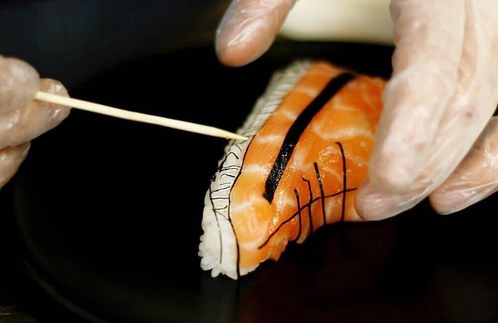 100%食べられる素材で作られた靴寿司:Yujia Hu