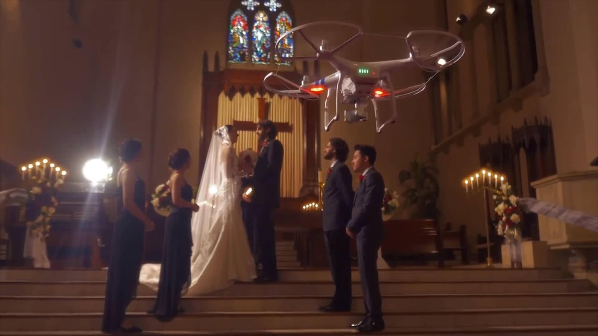 DJIのドローンPhantom 3を使ったウェディングムービーに「本当の音」をあてた映像が面白い