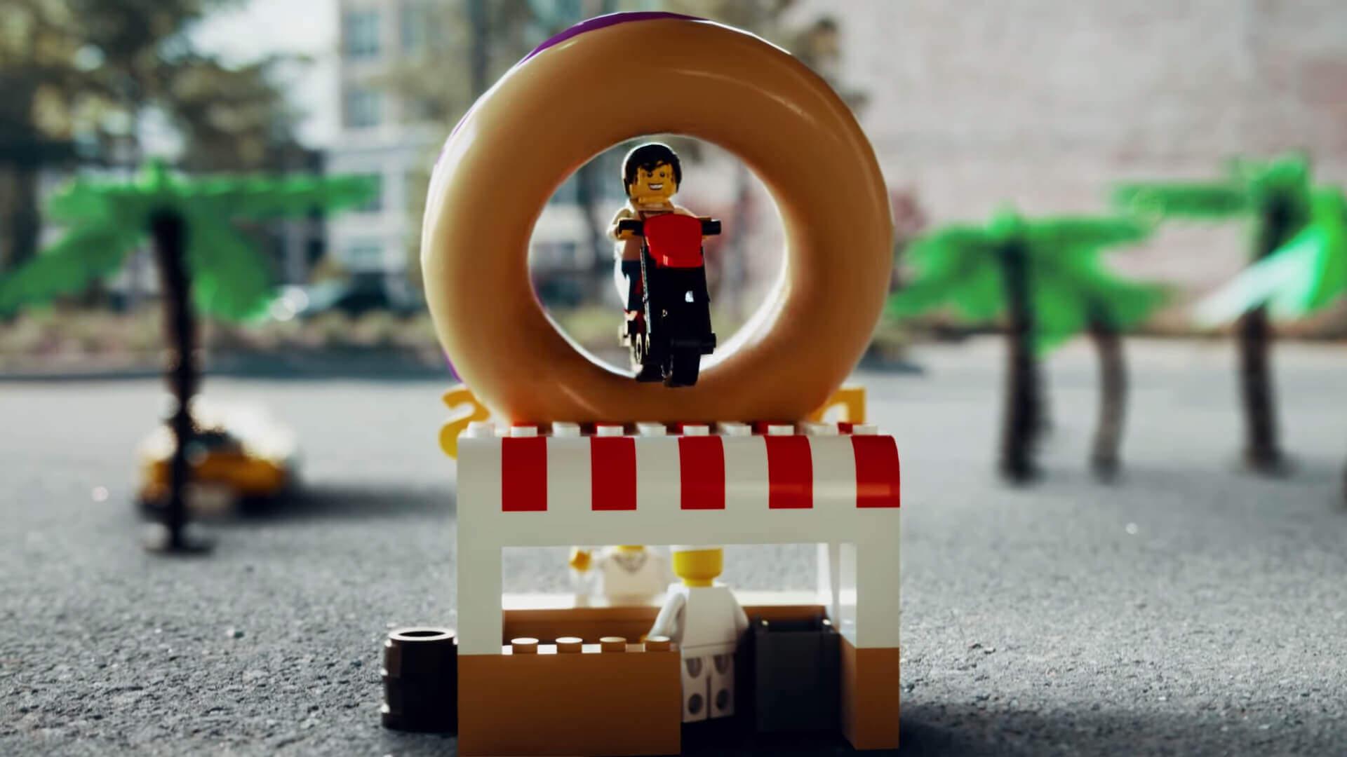 LEGOキャラクターがGTA的に暴れるムービー:Grand Theft Auto meets LEGO