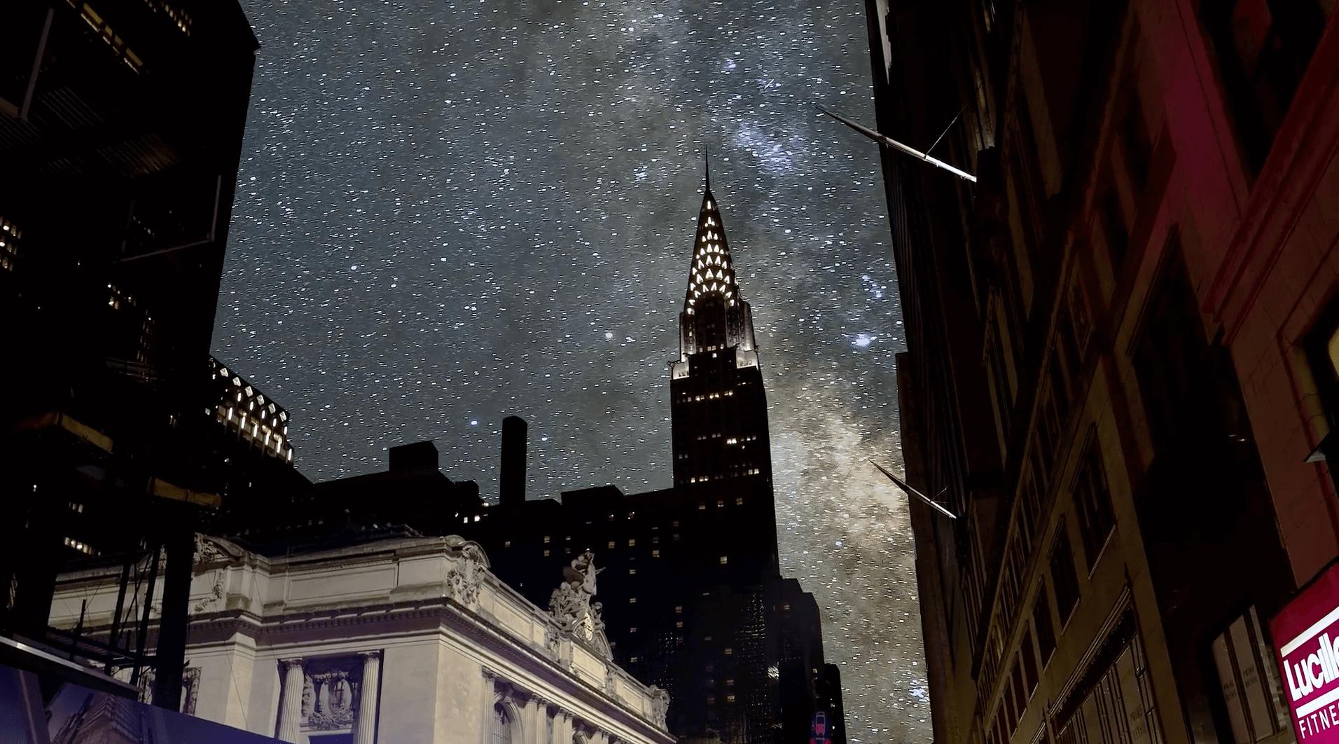 ニューヨークの夜空に美しい星空を合成した影像:SKYGLOW: NYC