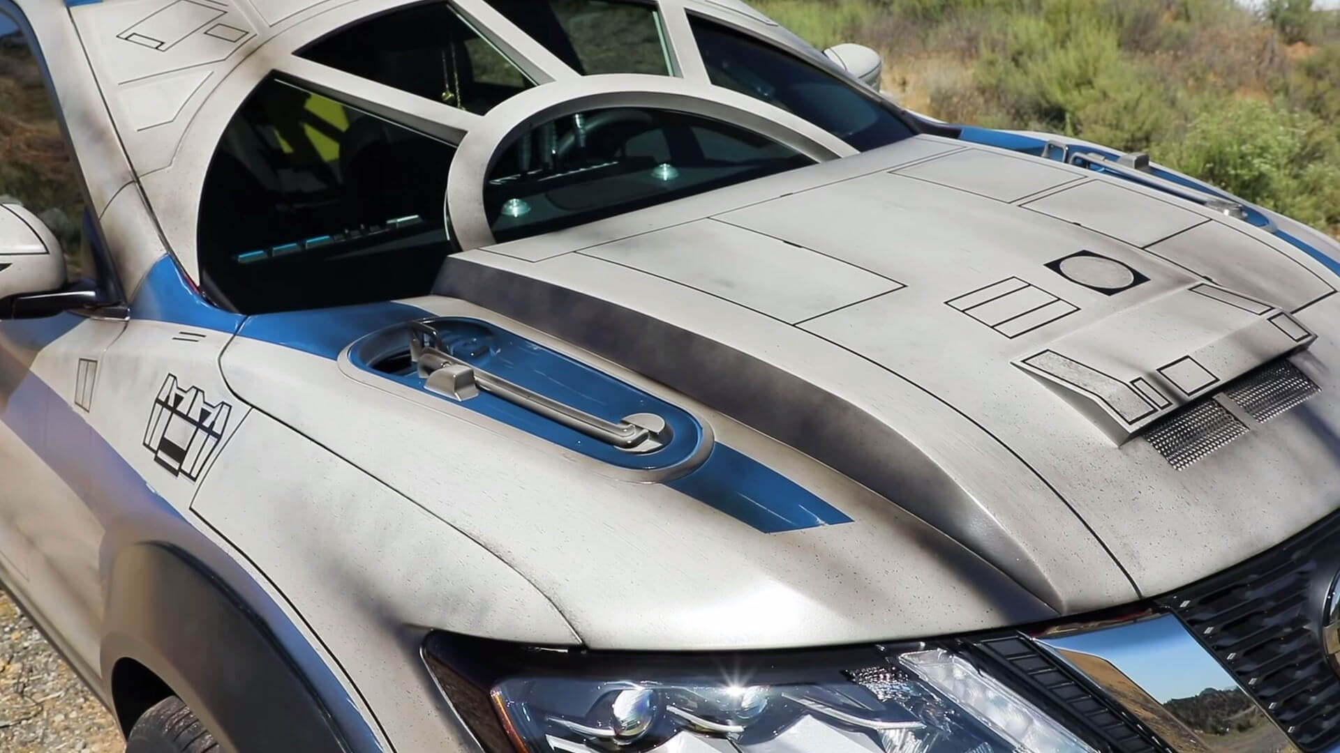 Nissan Rogue Star Wars Themed Show Vehicle screenshot 1