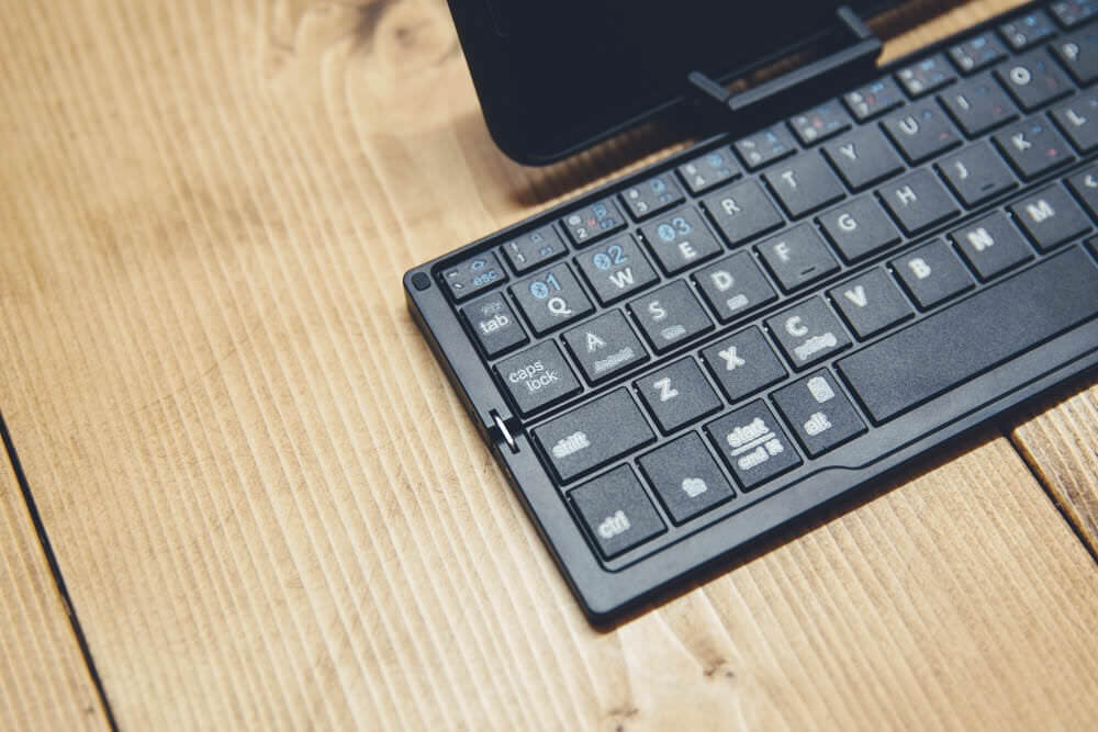 Icleverbluetoothkeyboard 243A3797