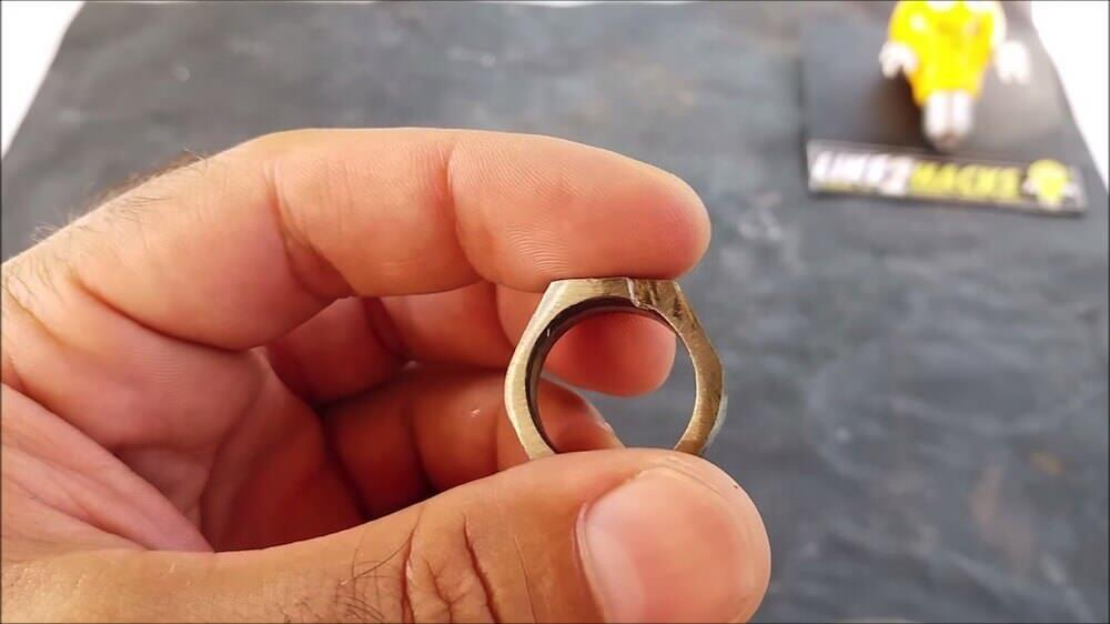 💍 COMO HACER ANILLO SELLO INOX CON TUERCA 💍 HOW TO MAKE INOX SEAL RING WITH NUT 4 32 screenshot 1000x562